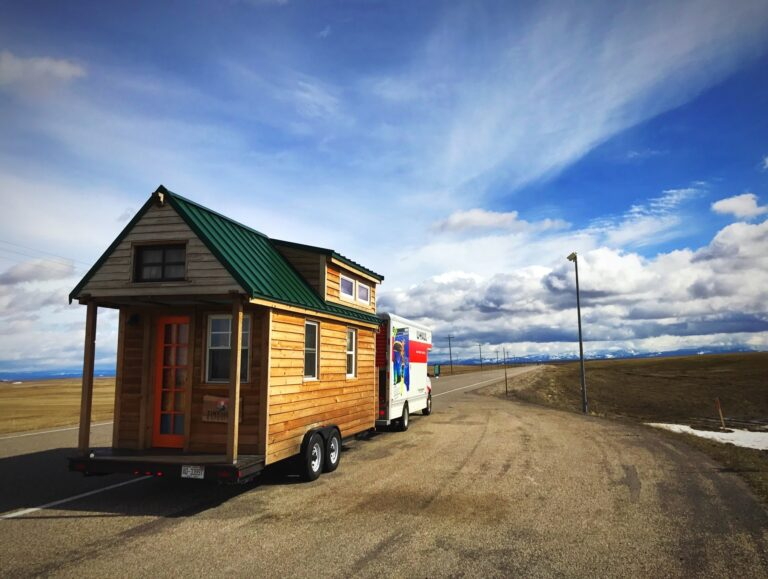 how to tow a tiny house
